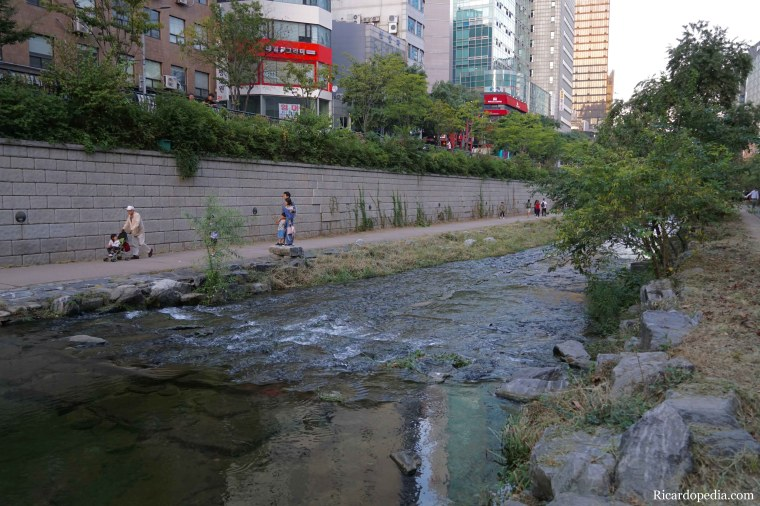 Korea Seoul Cheonggyecheon Stream