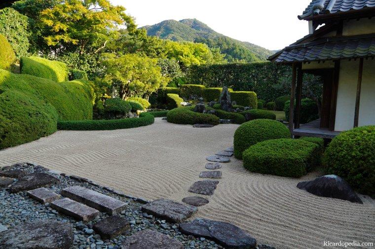 Japan Bitchu-Takahashi Raikyuji Temple